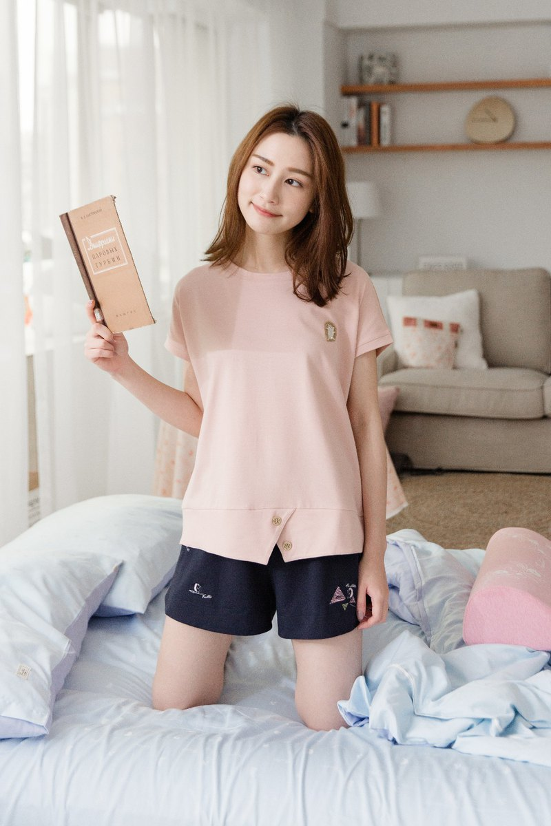 Collagen wooden buckle slit home service (powder) pajamas home service epidemic prevention