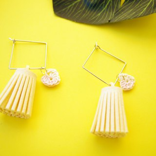 White fringe with heart-shaped braided earrings