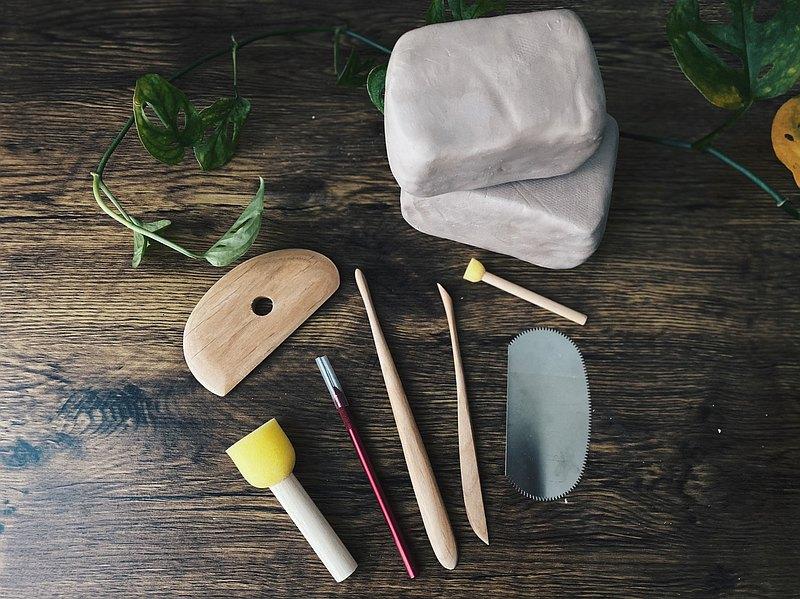 在家也能快樂捏陶組合包  -- 半瓷土