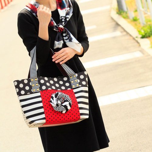 dots/borders/stripes/tote bag [Location Hunting (L) (Red / Black Corsage)]