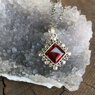 ♦ My.Crystal ♦ Gemstone Red Garnet Hand Silver Pendant