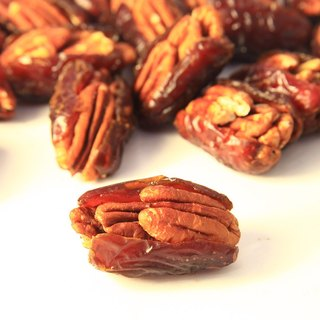 Benitez embankment walnut jujube Pecan Dates / 220g boxed