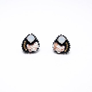 Dewdrop crystal Embroidery Earrings / Salmon Pink