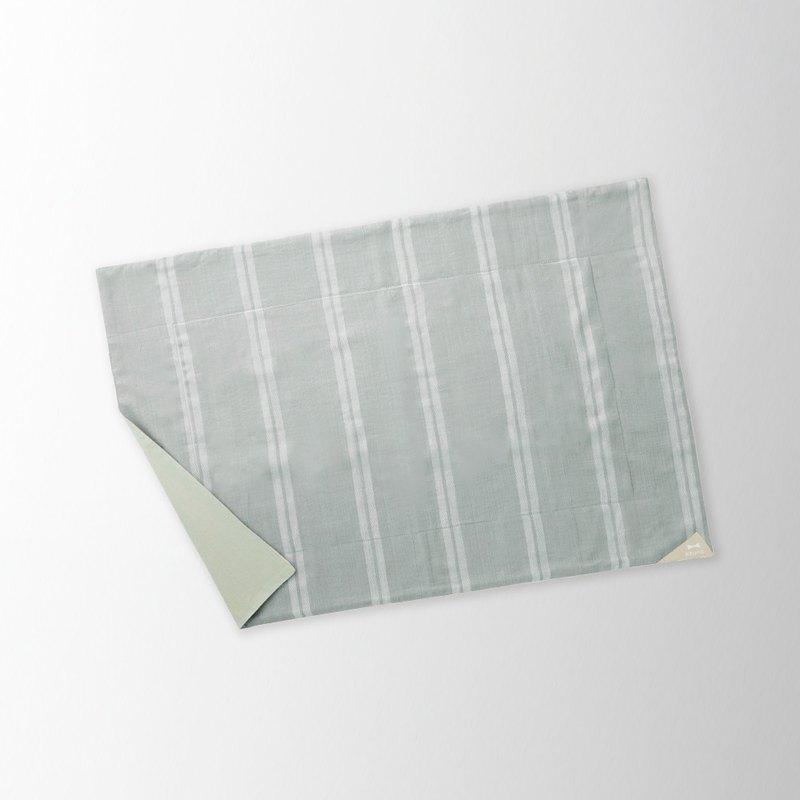 日本BRUNO 迷人的派對墊子 680*480mm (條紋灰)