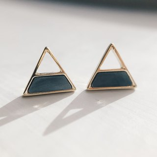 Will be stitched geometry - triangular ear earrings (pair) = can be changed ear clip =