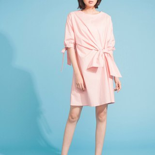 Standing pleated dress 123F355