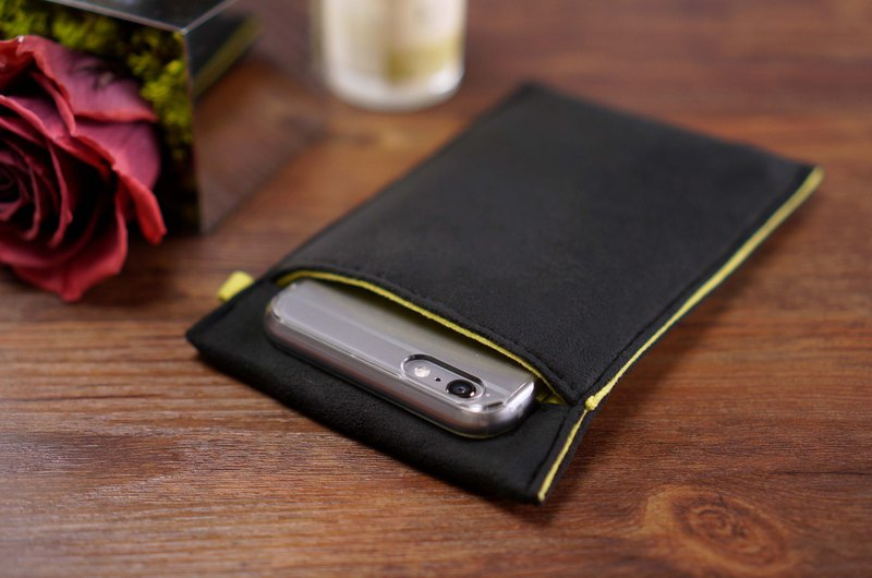 Ob2【Black x Mustard Yellow】 Cleaning-Fiber cell phone pouch