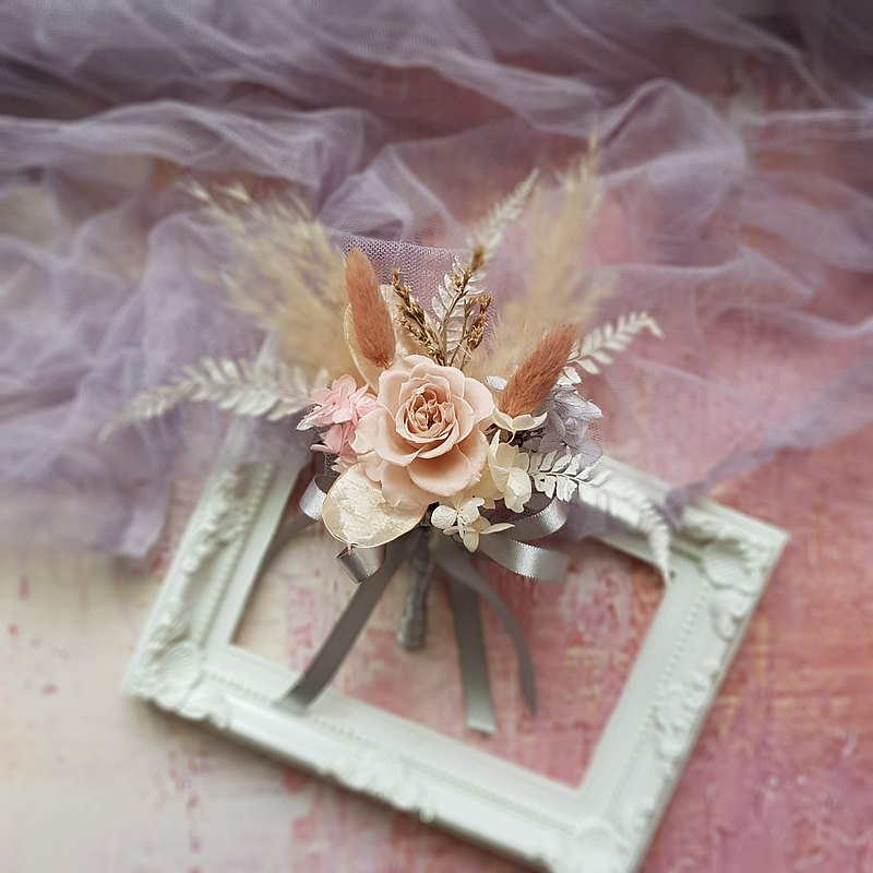 Love feathers_dry flower wedding photo corsage groom corsage reception corsage