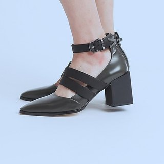 Rugged with a buckle dough leather high heels gray black