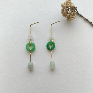 E093 edge - brass green jade pin clip earrings