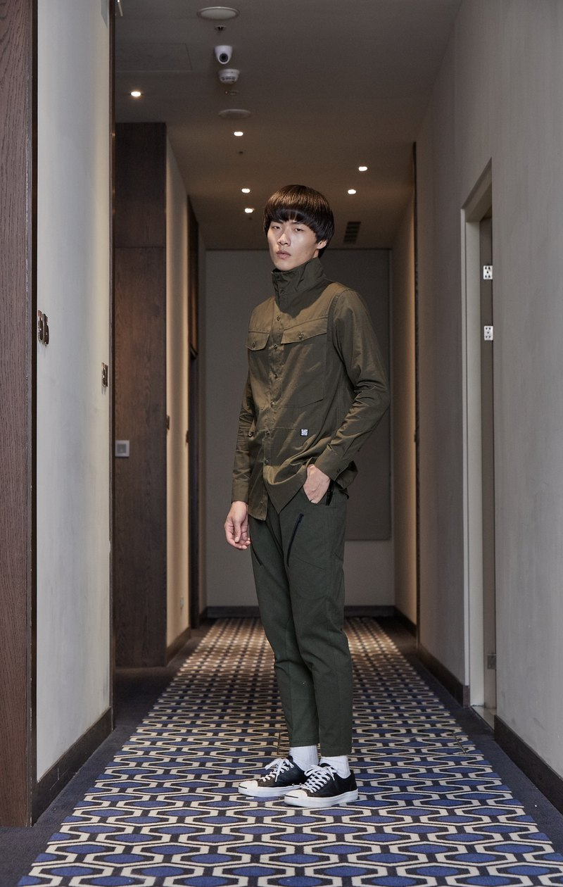 Mediator High Collar Patch Pocket Shirt (Army Green)