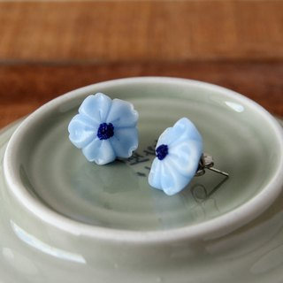 Micro-transparent sakura and fruit earrings - Indigo Butterfly Bean Flower