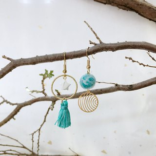 Dream hand-made wool felt tassel earrings can be modified ear clip