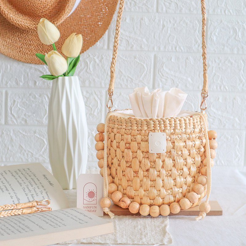 Woven bag by Water Hyacinth (Product Name : Pineapple Sundae