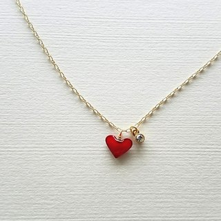 plump red heart & bijou necklace