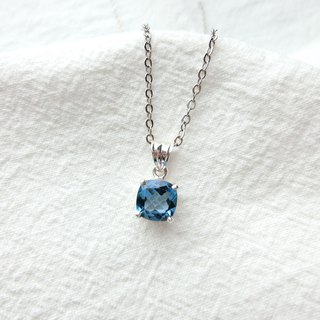Blue Topaz 925 sterling silver square claw set necklace Nepal handmade silver