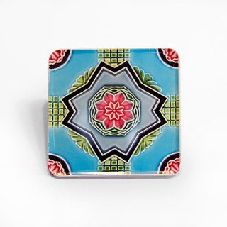 Cross cherry blossom Taiwan impression [old tile magnet coaster]