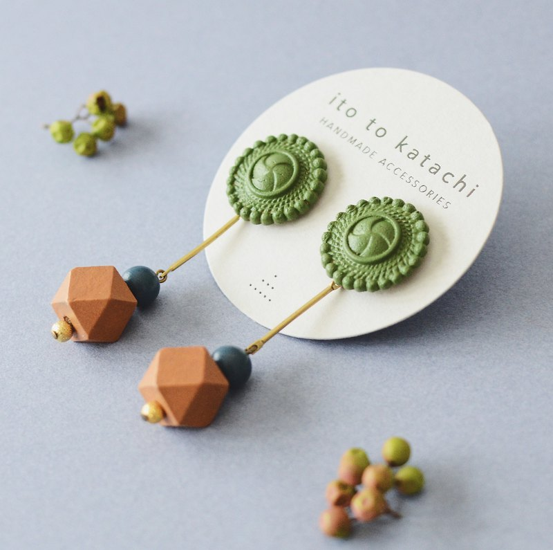Oven clay earrings, Aster, Olive
