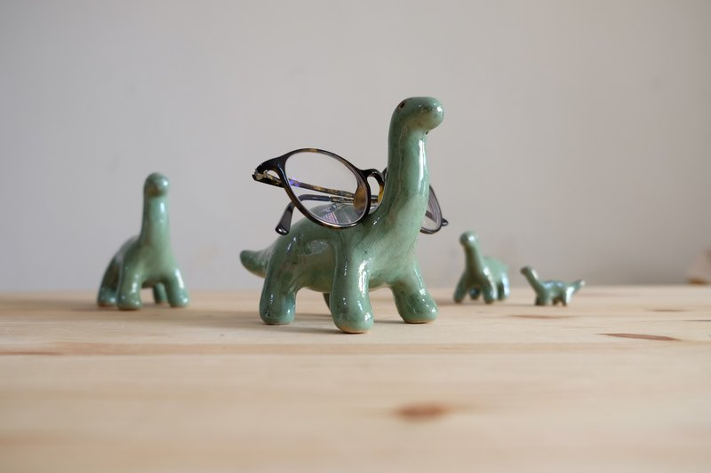* Christmas / New Year gift wrap FREE * Green Planet Dinosaur - in | Paperweight \ glasses frame