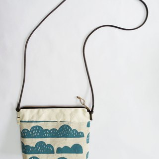 Small travel bag mountain type