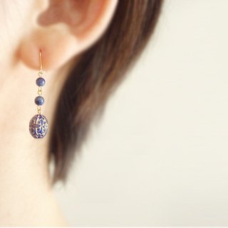 Lapis Lazuli, antique style hook earrings 穿孔耳環