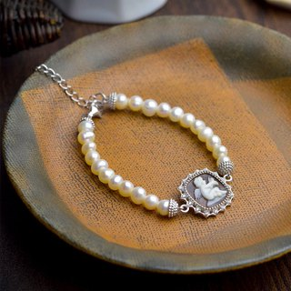Italian Handmade Carved Light Jewelry - Square Pearl Shell Bracelet - B12 Silver (Little Angel)