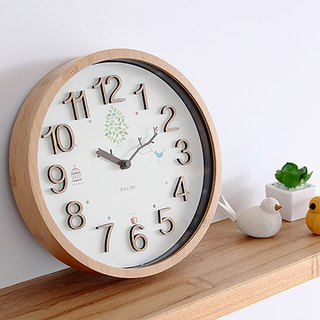 Trad- Tree branch clock