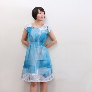 Blue Water Sleeve French Sleeve Dress Skirt Ito Samurai Japanese Double Yarn Blue + White + Small Floral