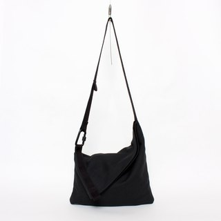 Oblique pocket shoulder bag can be large or small oblique fold thin length and long back new design black - replenishment to