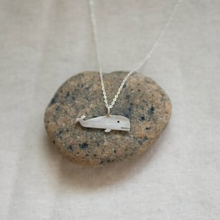 tiny whale | solid silver necklace