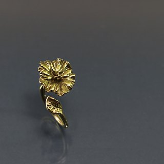 Hibiscus flower opening brass ring