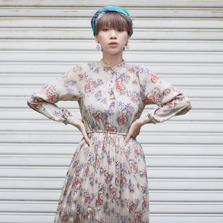 Hay fever | Vintage dress