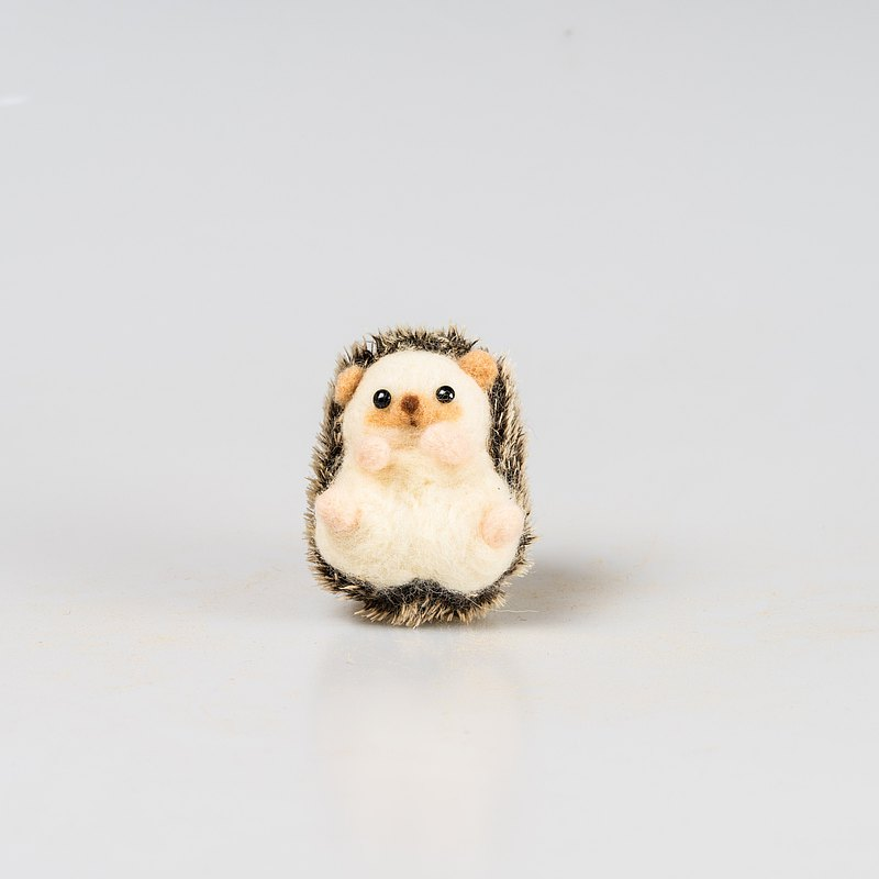Hi hi everyone-wool felt hedgehog baby