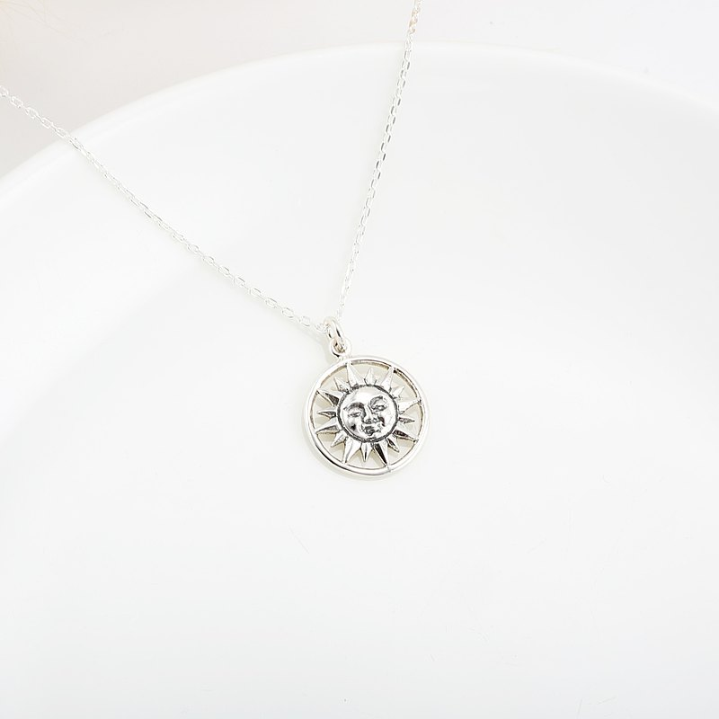 Smiling Sun s925 sterling silver necklace Valentine's Day gift