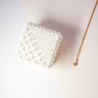 Unique Delicate Origami White Diamond Jewel Box