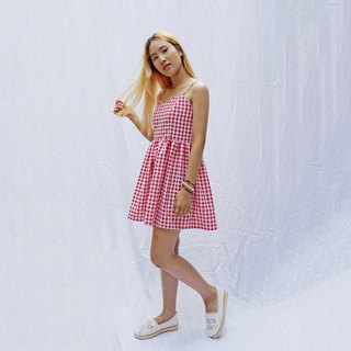 Gingham strappy sweetheart smock sundress