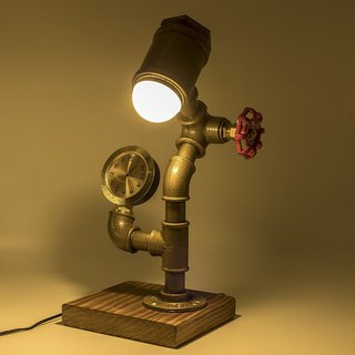 New valve carpenter American industrial style creative table lamp LED decorative table lamp with clocks table lamp