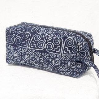 Mother's Day gift graduation gift Valentine's Day gift birthday gift limited handmade / feel blue dye pen bag / cosmetic bag / indigo pen bag / ethnic wind pouch / cotton woven pencil bag - walk in the Blue Mosque