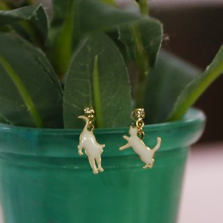 Japanese handmade jewelry - cat dance earrings
