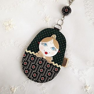 Matryoshka Pass Case Square Flower / green (MP-090)