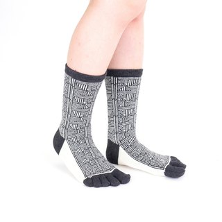 puu pattern 5toe socks