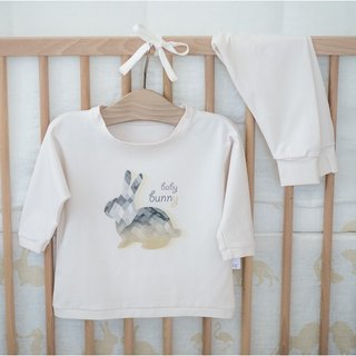 Two piece kids pajamas with rabbit