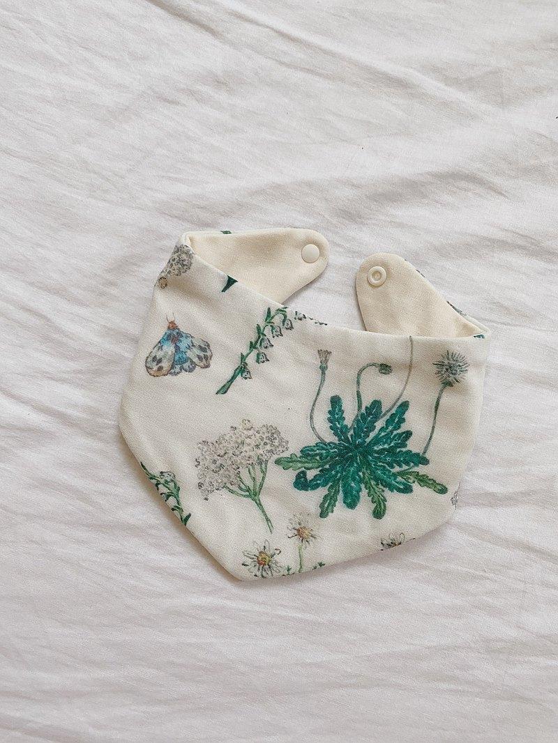 手工八重紗 白綠草花三角圍兜/口水巾 32X13cm 彌月禮盒
