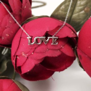 Love Clavicle Necklace 925 Silver Platinum-Clad in Uppercase Pendant