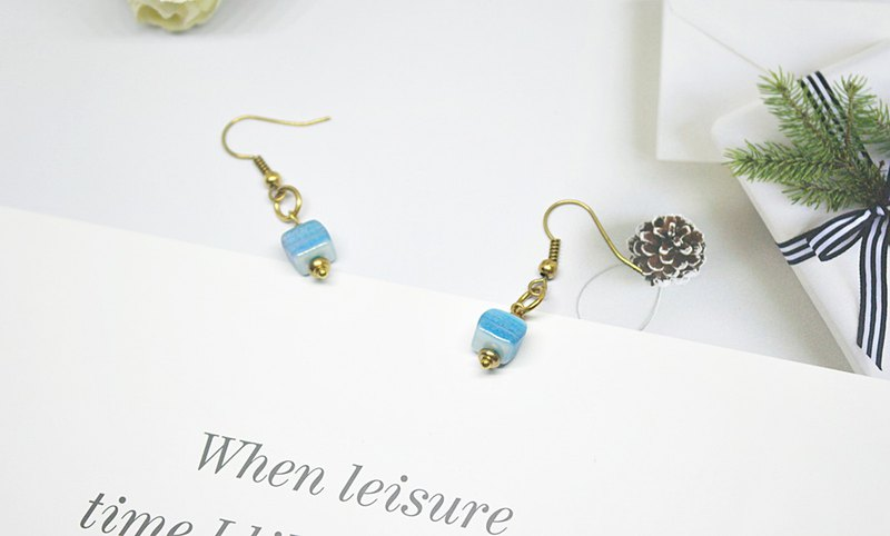 Brass X Natural Stone <Box> - Hook Earrings #时尚可爱感