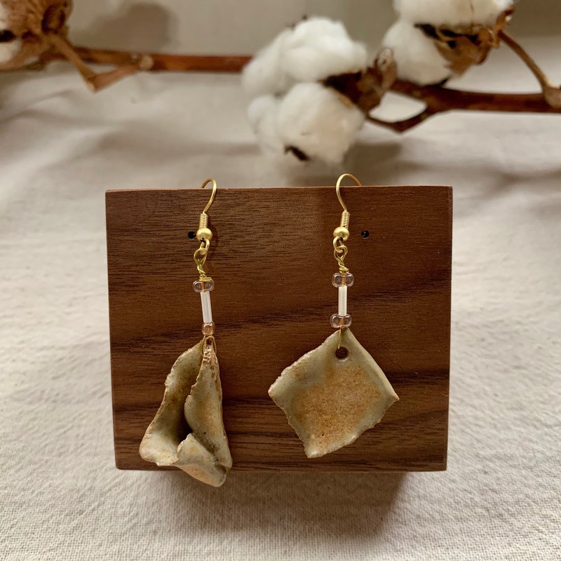 Clay irregular earrings 2