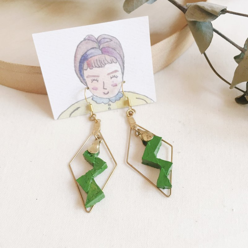 Love is like lightning-green Earring