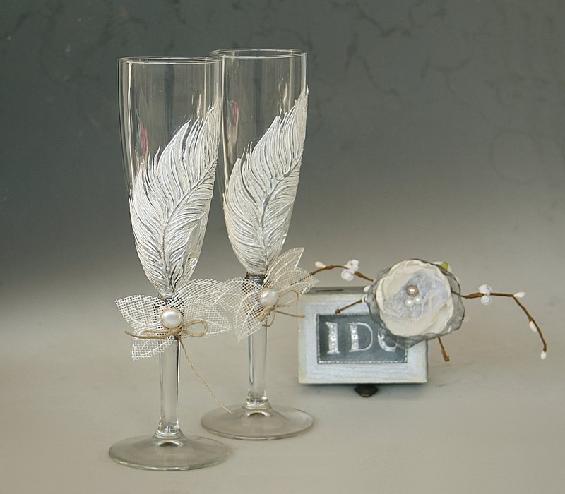 White Feather wedding Champagne Glasses, Hand Painted, Set of 2
