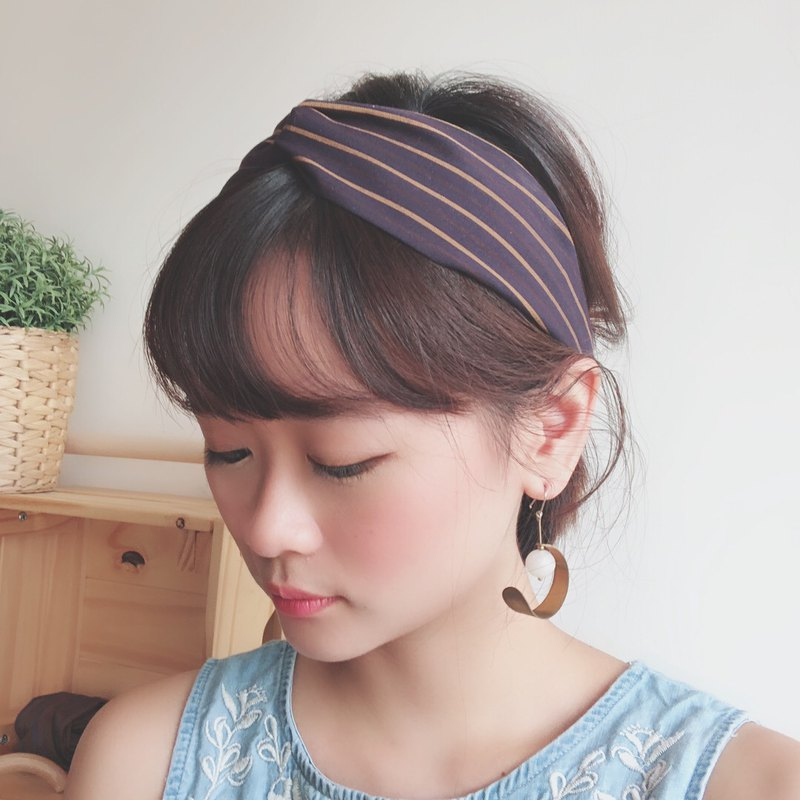 Magic Time  Elastic hair band