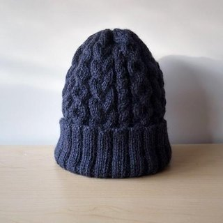 Alan knit hat · navy knitted hat ● Make-to-order production ●